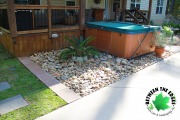 River-rock-pavers-landscaper-AugustaGA-Between-the-Edges