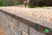 Closeup-retaining-wall-Between-the-Edges-GrovetownGA-landscaper
