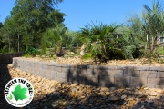 wide-shot-retaining-wall-landscaping-Between-the-Edges-BeechIslandSC