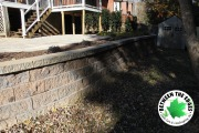 Close-up-retaining-wall-Between-the-Edges-landscaper-Evans-GA