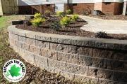 retaining-wall-plants-paver-patio-Between-the-Edges-landscaper-Augusta-GA