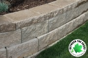 close-up-retaining-wall-Between-the-Edges-Grovetown-GA-landscaper