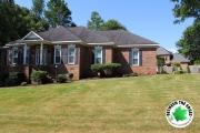 front-view-of-home-mulch-landscaping-beds-Between-the-Edges-Aiken-SC